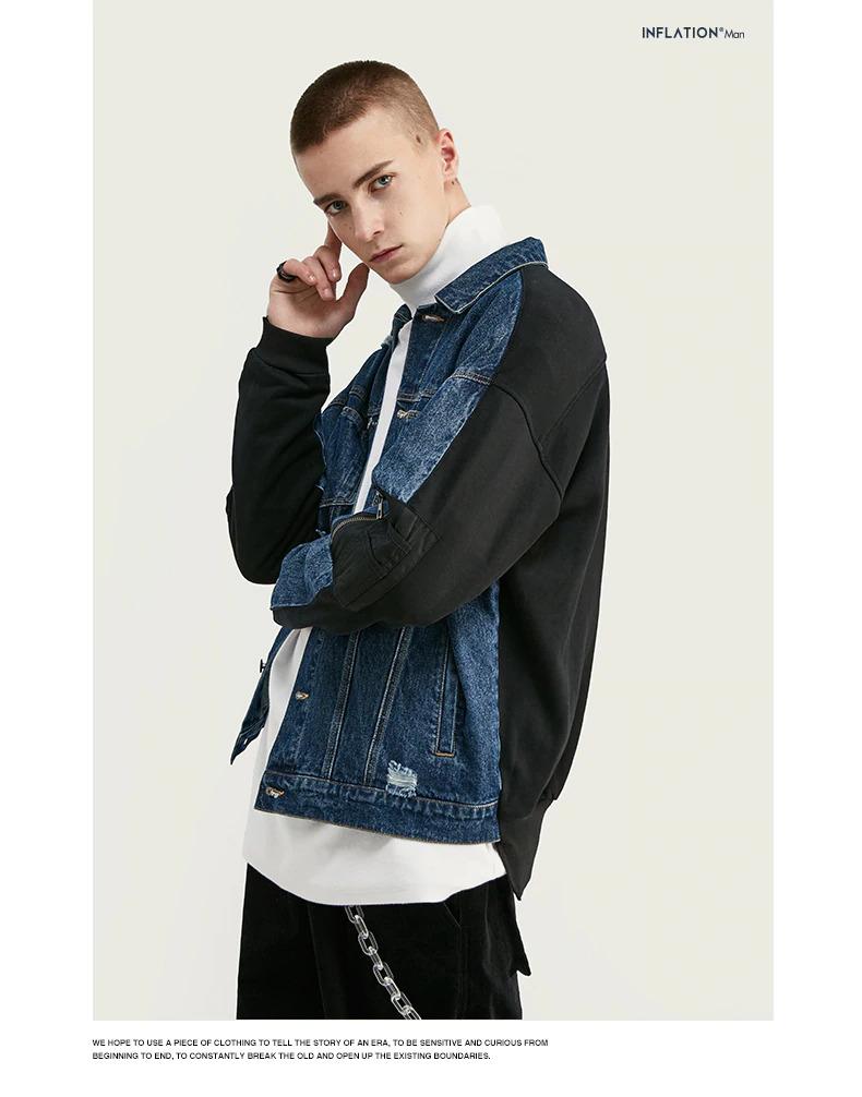 ジーンズジャケットを着てポージングしている男性